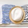永遠の定番アイテム、バスクシャツの魅力