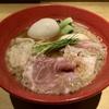 【今週のラーメン4163】 鶏そば 山もと (東京・JR三鷹) 特製背脂煮干しそば 〜軽やかな煮干しにさらりとした動物感・・・まさに気品の背脂煮干し!