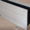 Switchのドッグに100均一の木目調シートを貼って部屋に馴染ませる。