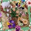 造花でフラワーマグネット作り♪