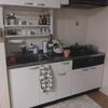 キッチンのDIY(棚の新設、リメイクシートで色変更)