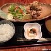 吉祥寺の魚猿のランチの「唐揚げ定食」はサクサク