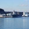 護衛艦いずも(DDH-183)横須賀出港のお見送り