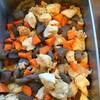 鶏肉とこんにゃく、人参の煮物