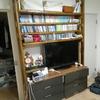 DIYする重厚な本棚