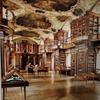 【スイス旅行記】2:吹雪きで街歩きどころではなかった、ザンクト・ガレンと修道院図書館