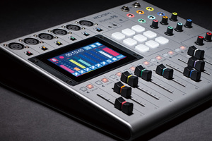 「ZOOM PodTrak P8」製品レビュー:マイク入力/ヘッドフォン出力を各6系統備える配信対応レコーダー