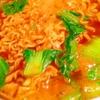 時短で旨い!青梗菜とかき卵のカレーサリ麺