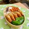 野菜炒めの残りで春巻き弁当