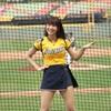 台湾プロ野球チーム「中信兄弟」のチアリーダー、峮峮(チュンチュン)を見てほしい
