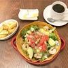 揚げトルティーヤがサクサク!海老のメキシコ風サラダ(California diner EAT @武蔵小杉)