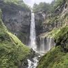 奥日光三名瀑の壮大な「華厳の滝」と壮麗な「竜頭の滝」