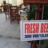 【ベトナム】犯罪的安さのビールがホイアンにもあった件 1杯15円