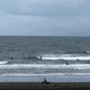 サーフィン楽しむには厳しいコンディション 波情報 湘南鵠沼08/28