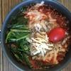 簡単山ご飯!チーズと絡む濃厚トマトラーメン