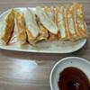 食事:「張記」(延平南路101巷あたり)で餃子