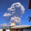 インドネシア・スマトラ島にあるシナブン山が噴火!!噴煙は上空5,000mまで上り、キノコ雲が発生!!