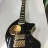 事務所にギター
