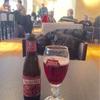 現在、ブリュッセル空港ラウンジで待機中
