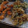 幸運な病のレシピ( 1481 )朝:鳥カツ、舞茸とゴーヤの天ぷら、鮭2種、ブリ味噌漬け、味噌汁