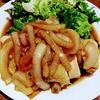 鶏むね肉を美味しく食べよう!@鶏むねと玉ねぎの蒸し焼き