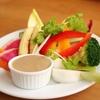 食事会にも便利?野菜スティックの極旨ディップはアンチョビで作る!
