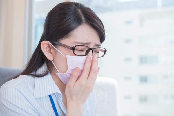 このくしゃみ、花粉症と思ったら「生物アレルゲン」が原因だった!? 専門家に聞いた、オフィスや家での対策法