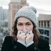 しぐさの心理学4 不安を感じている人の動作を解説