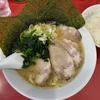 「鹿島家」鶴見本店の太麺チャーシューメン並と半ライス@鶴見