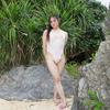 白と緑。エナメル水着とアダンの葉(沖縄恩納村のビーチで水着撮影その14)