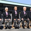 皇居で文化勲章親授式 藤嶋さん「後継者つくりたい」
