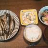 卵とじ、ししゃも、ポテサラのゆるい夕食〜竹徳の煮玉子しんじょう。