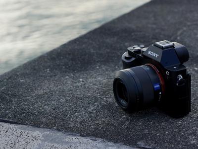 【カメラ】健闘(検討)記 20万に5万が勝った。α7iiを諦めてRX100M3で行くことに決めた。