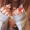手足の爪の乾燥対策に 「ドクターネイル ディープセラム」の使い方と効果