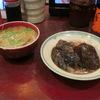 築地の「米花」で茄子とつくねの煮浸し、マグロ・ホタテ・ウニ刺し盛り。
