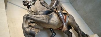 騎士・鎧・武器デザインが好きなら【パリ軍事博物館】へ行こう!