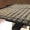 8年間、換気扇のフィルターを掃除しなかったら、すごい量のホコリが溜まってました