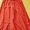 赤いスカートは50代のファッションにもおすすめ!
