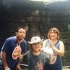 バンテイアチュマール遺跡観光と家族旅とカンボジア車チャーターアート