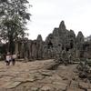 カンボジア シェムリアップ 「アンコール・トム」広い城砦都市遺跡、日本国政府アンコール遺跡救済チーム(JASA)