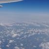 飛行機の窓から(旅の再開を夢見て...)