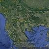 ブルガリアのハイカーが巨人の鮮明な写真を撮る、それはグレイ・ヒューマノイドのエイリアンのようだ