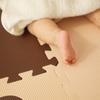 タッチに絵本に…10ヶ月になる子供の成長記録