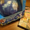 おもしろ地球儀「ほぼ日のアース」と今日の四コマ漫画「練習」