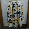 母の日にハンドメイドでウエストタックのスカートとツイリースカーフをプレゼントしました^^