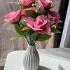 春が来た🌹ダイソーの造花で…