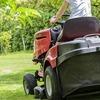 芝刈り機で横転事故。原因は素人の運転?