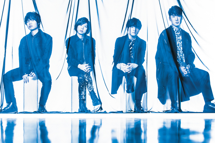 """Official髭男dism 『HELLO EP』 〜藤原聡が語る『HELLO EP』制作とステムの公開 活動の背景に宿る""""バンドのアティチュード""""とは?"""
