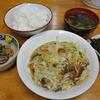 木更津 市場食堂 野菜炒めの日