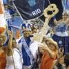 サンバのリズム、リオ再び熱く…カーニバル開幕